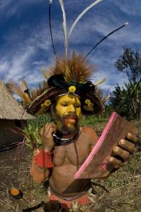 תמונה מדהימה של איש שבט מקומי -צילום יונתן ניר