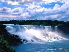 רוצים קצת חופש מהעבודה בקנדה? סעו אל מפלי הניאגרה